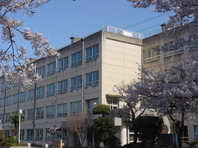 柏原中学校(周辺)